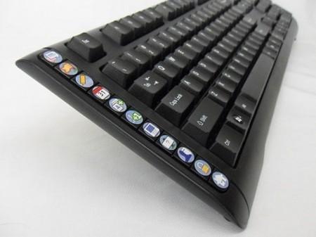 SNAK: клавиатура для социальной сети Facebook