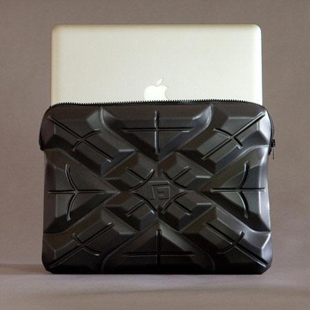G-Form Extreme Sleeve дает причины для того, чтобы выбросить MacBook из окна