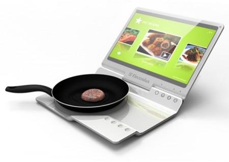 Концепт Electrolux Mobile Kitchen сочетает в себе ноутбук и кухонную плиту