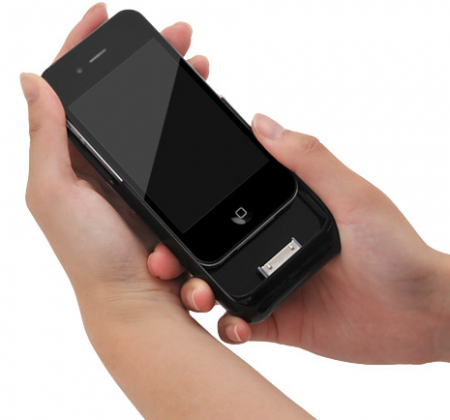 Аксессуар Century Monolith для iPhone 4: три в одном