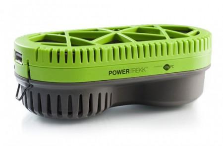 PowerTrekk заряжает смартфон от воды
